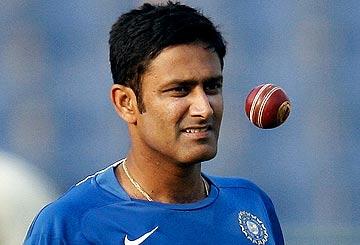 Kumble shuns RCB, to join Mumbai Indians