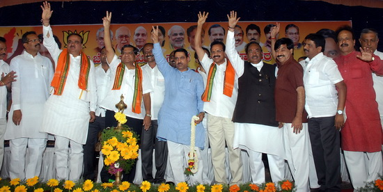 bjp-launch-poll-mysore_3