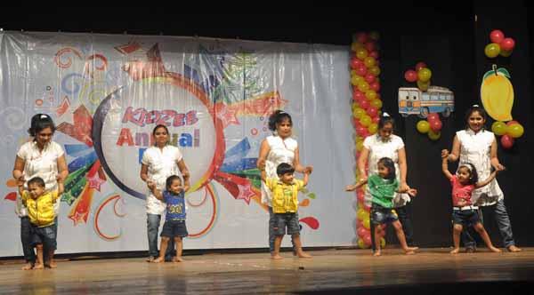 12_RZ_Kidzee students perform during the 10 year celebration of Kidzee preschool