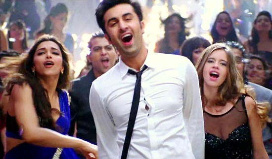 Badtameez-Dil-Yeh-Jawaani-Hai-Deewani-Promo-Song