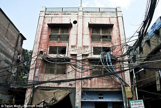 India - Wires Crossed-1