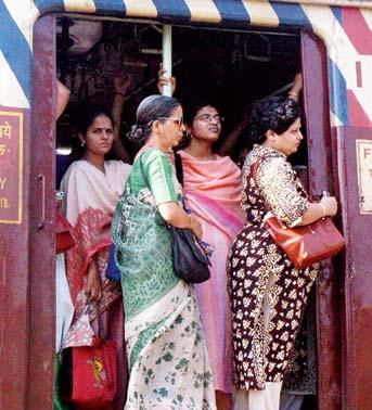India-ladies-coach