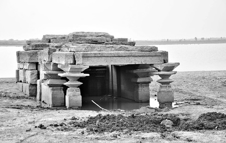 Old-Temple-Rises