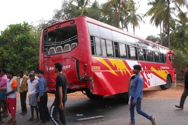 bus accident-4