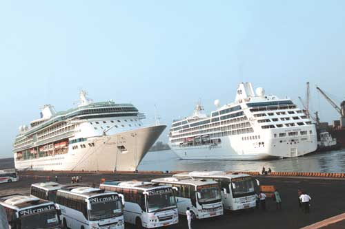 cruise-vessels