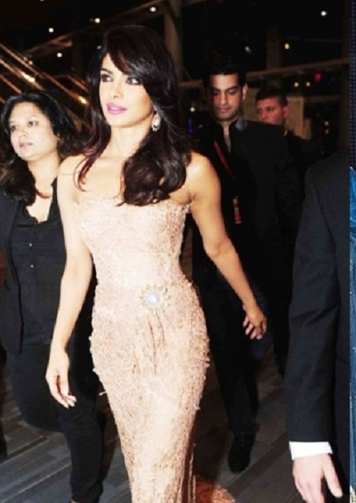 priyanka-chopra-dolce-gabbana-toifa-technical-awards-2013-1