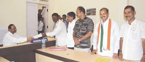 raghu-congress-BCK