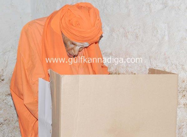 karnataka-voting-201303