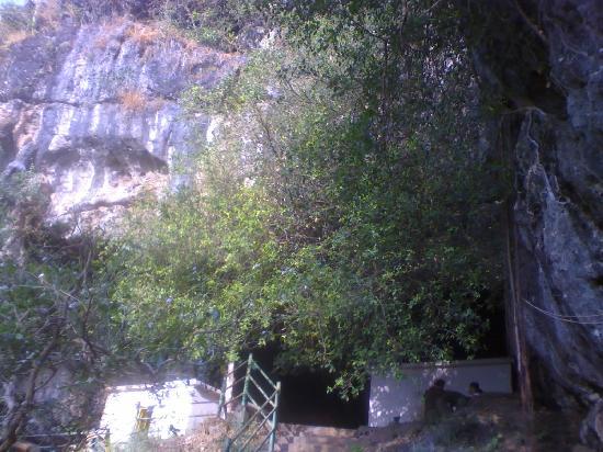 kavala-caves