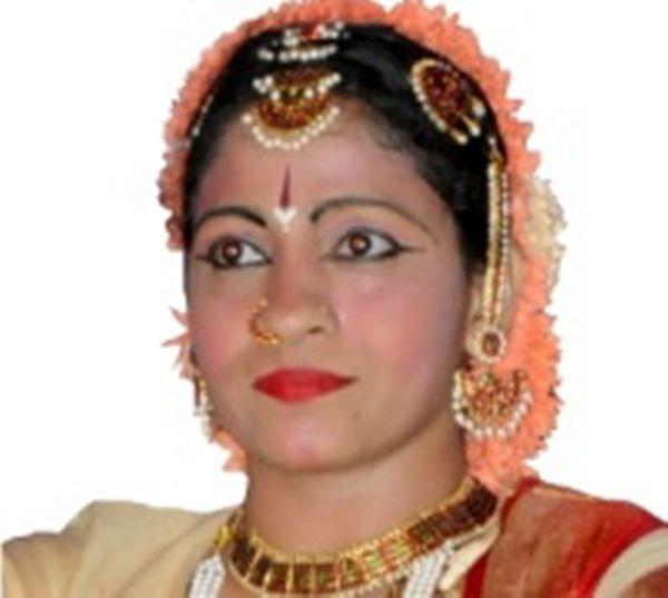 minakshi mumbay-2013001