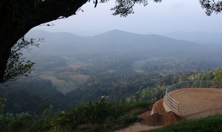 raja-seat-madikeri-coorg-mysore-india+1152_12945540054-tpfil02aw-27209