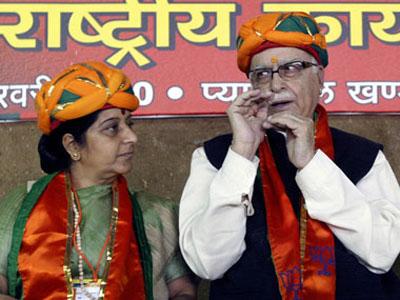 sushmaswaraj-advani