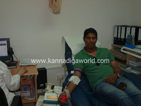 uae bunts blood camp-2013 007