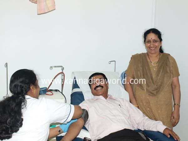 uae bunts blood camp-2013 031