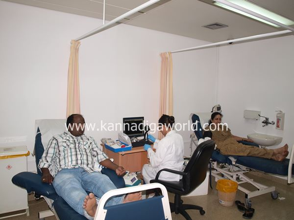 uae bunts blood camp-2013 056