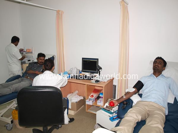 uae bunts blood camp-2013 072
