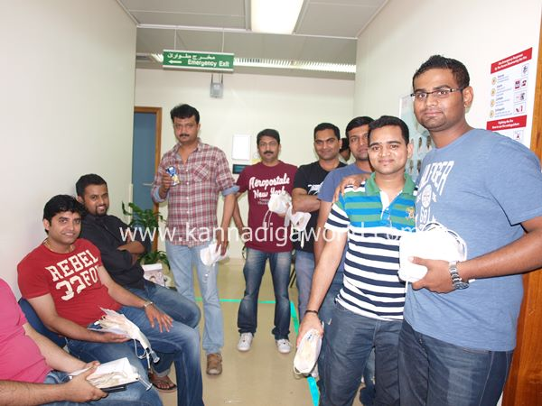 uae bunts blood camp-2013 075