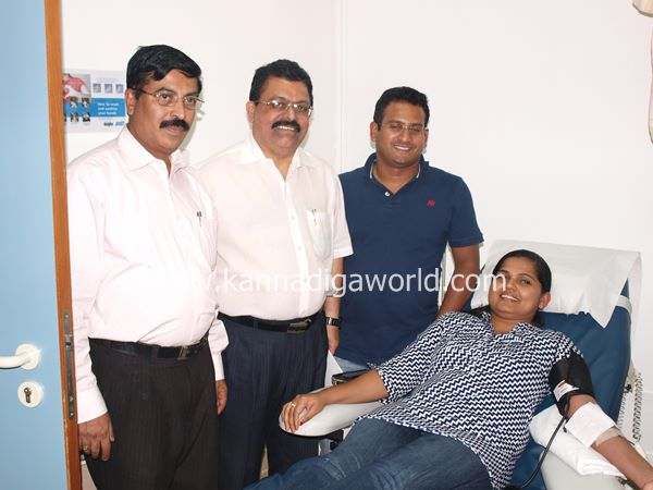 uae bunts blood camp-2013 082