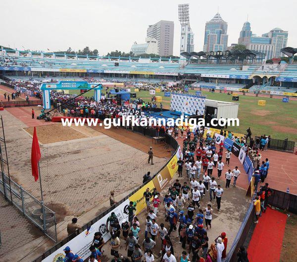 world 10th maratan-2013042