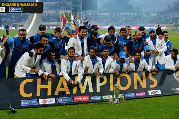 India lift Champions Trophy-2013-009