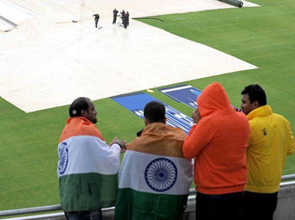 India lift Champions Trophy-2013-014