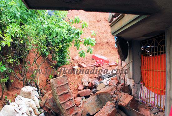 Landslide_kunjathbail_2
