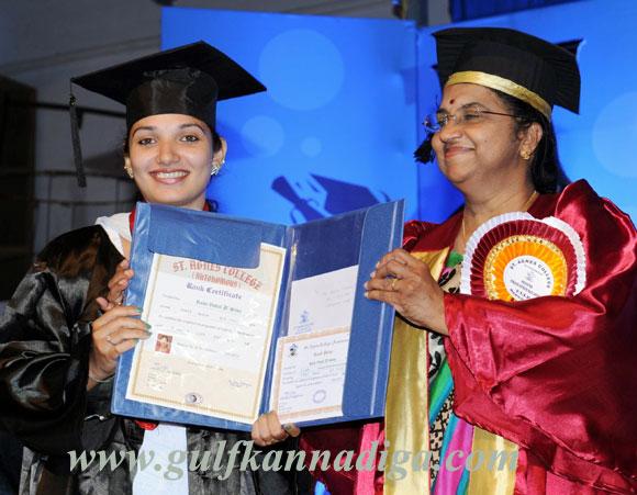 St-Agnes_Graduation_day_2