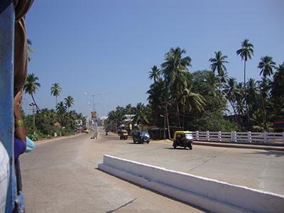 udipi-footpath
