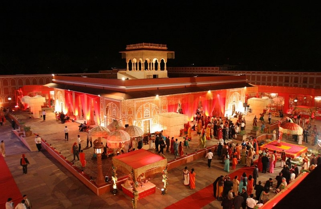 Jag Mandir Surrounded By Lake Pichola Is A Sought After Wedding Destination In Udaipur