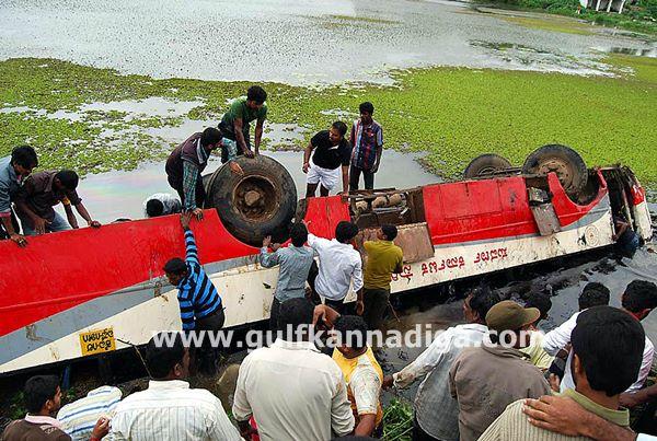 Hassan-accident-beluru-2013-003