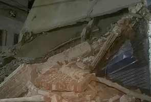 Jafrabad_building_collapse_295