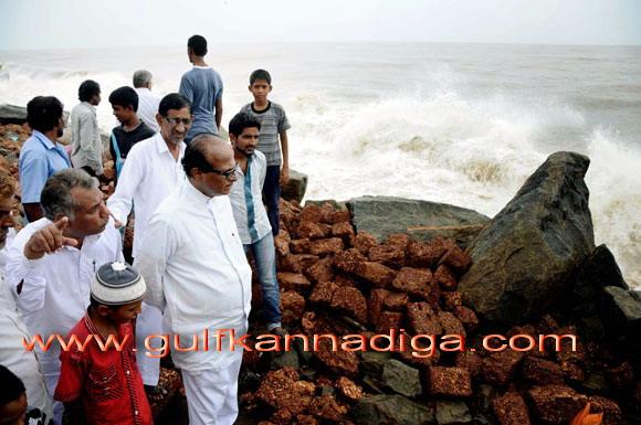 Pujari_visit_toUllala_1