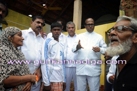 Pujari_visit_toUllala_3