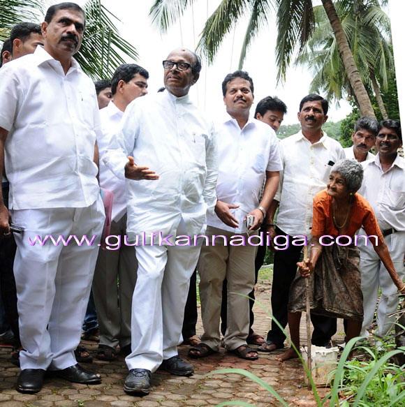 Pujari_visit_toUllala_4