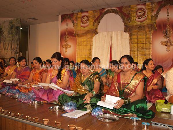 Varamahalakshmi dubai-2013-090