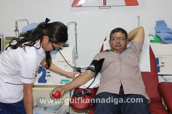Vishwakarma seva samiti dubai-blood-Aug 9-2013-012