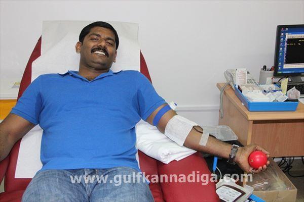 Vishwakarma seva samiti dubai-blood-Aug 9-2013-019