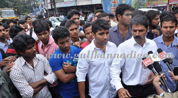 all_clg_protest_1