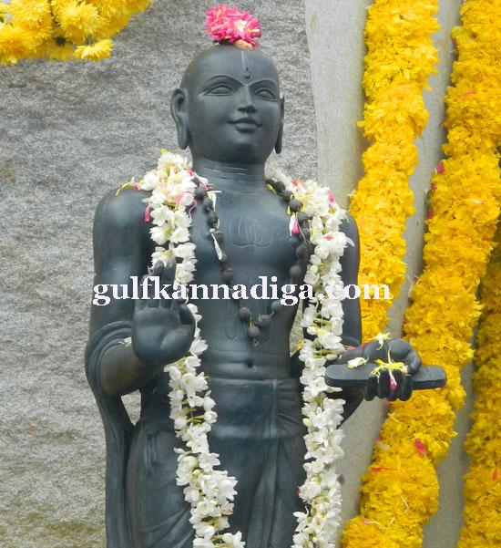 madvacharya_pratime15