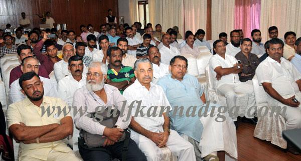 Modi_Muslim_Seminar_2