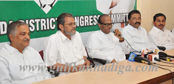 Poojary_Press_Meet26th_1