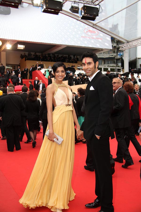 Sandip Soparrkar with her beautiful wife Jesse Randhawa1