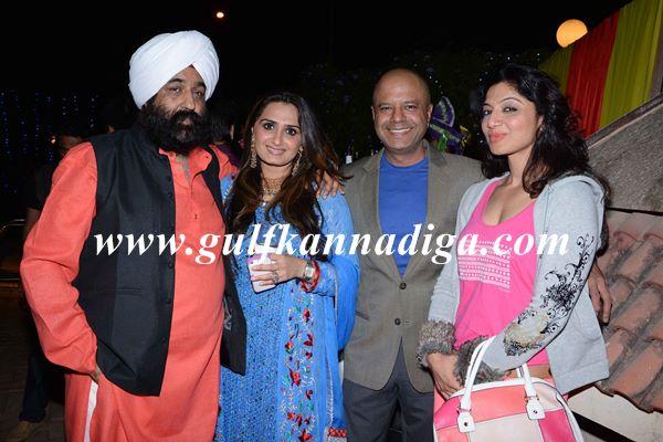 Bollywood lehri-Jan13-2014-005