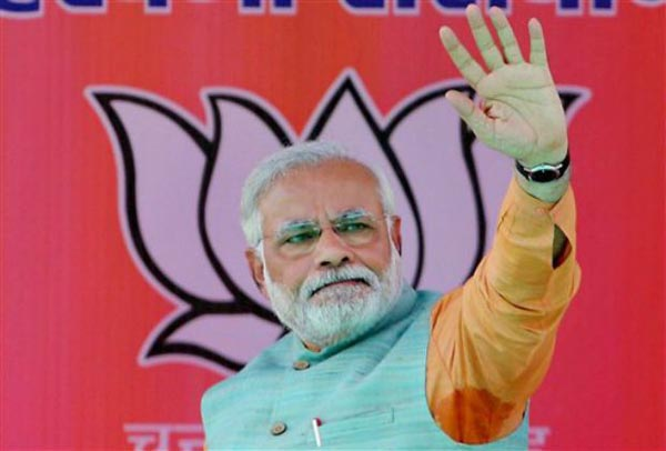 India doesn't want poison of communalism, needs development: Narendra Modi