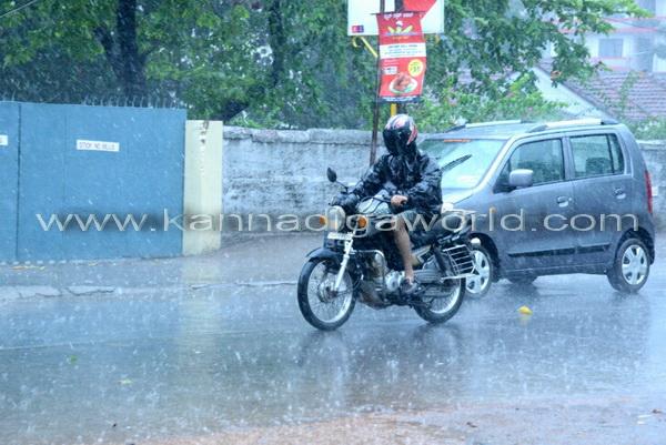 First_Rain_Mangalore_40