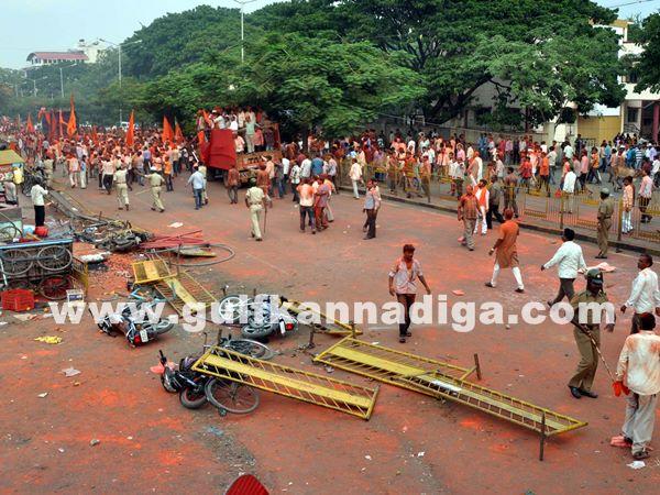 Bijapur communal clash _May 26_2014-009