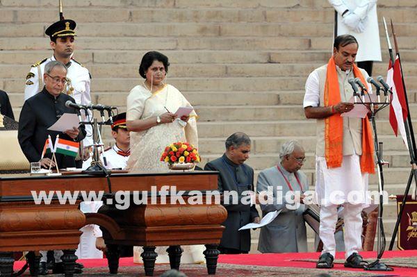 Ministers pramana_May 26_2014-002