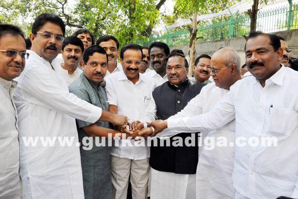 Ministers pramana_May 26_2014-006