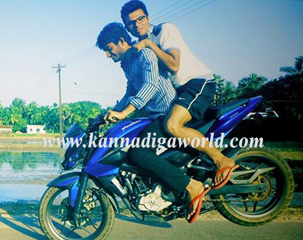 Mulki_Car-Bike_Accident_1