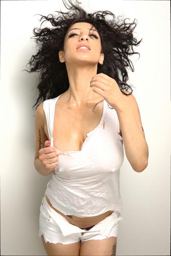 Beautiful mom nude pics
